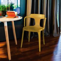 009465-Cadeira-Sara-Amarelo-Curry-Amb